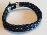 Hanger – Sort læderarmbånd m. metallås