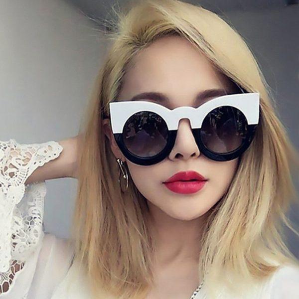 Stor oversized sort og hvid solbrille i cateye design 1