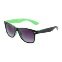 Sort og grøn Wayfarer solbriller.